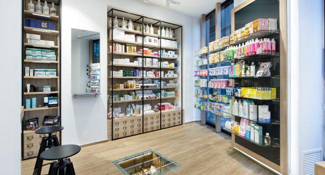 Estanterías para farmacias y sistemas modulares