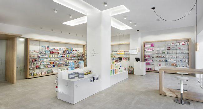 Góndola de la farmacia Gabilondo 2