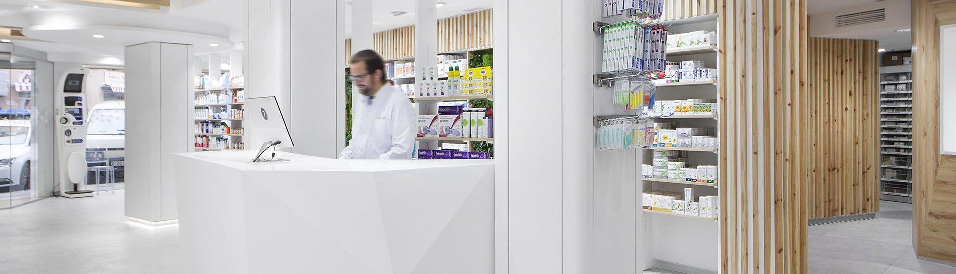Proyecto de Farmacia Domenech 23