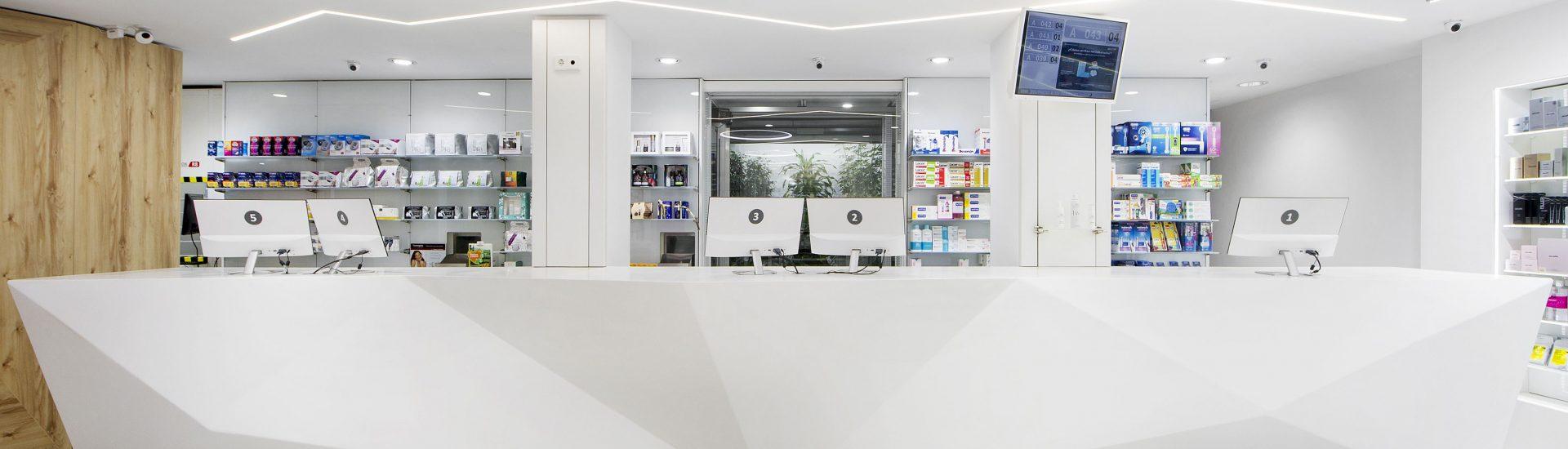 Proyecto de Farmacia Domenech 30