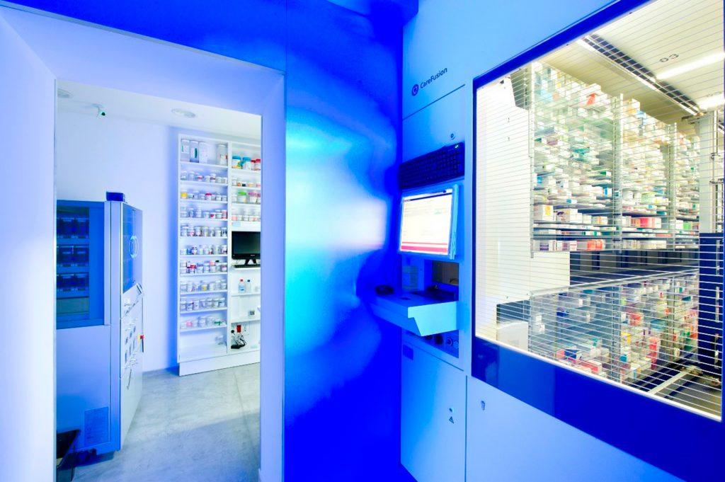 Ordenador del robot de farmacia